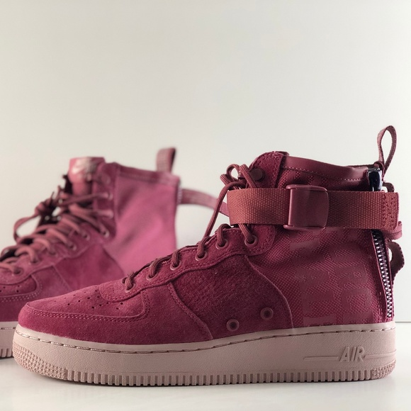 42391d07ec1c3e Nike Women s Purple Sf Af-1 Force 1 MID Shoes